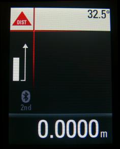 Ikonka Bluetooth jest już na wyświetlaczu - czyli dalmierz jest gotowy do współpracy z komputerem lub tabletem